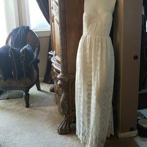 Maxi ivory lace dress large